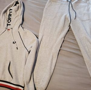 Tommy Hilfiger sweat outfit
